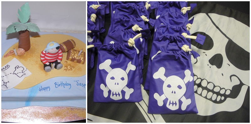 pirate cake and goodie bags