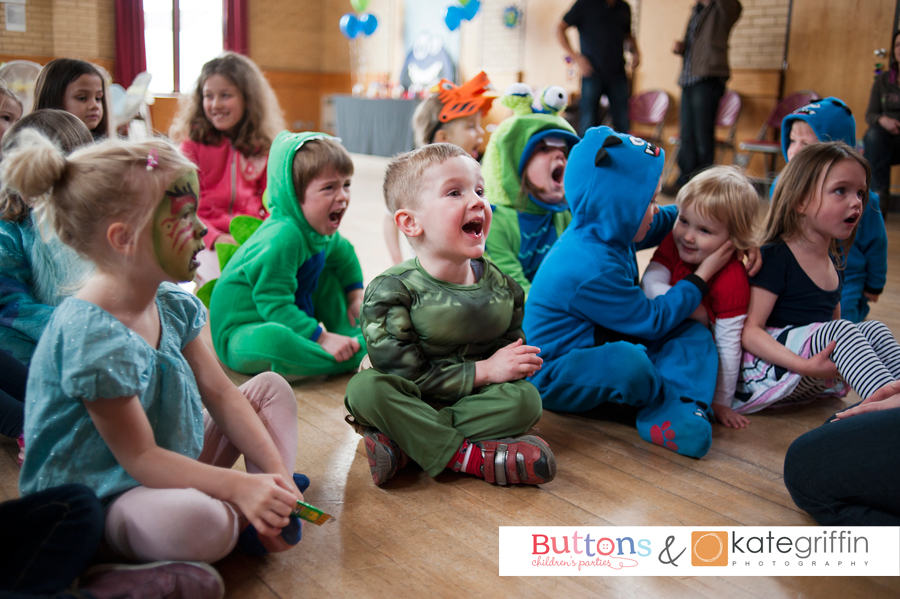 Kate Griffin Photography_Surrey Family Photographer_Buttons Childrens Parties Hampshire_03