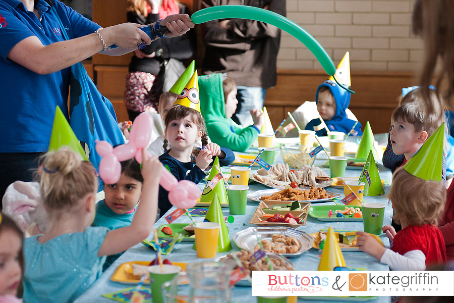 Kate Griffin Photography_Surrey Family Photographer_Buttons Childrens Parties Hampshire_06
