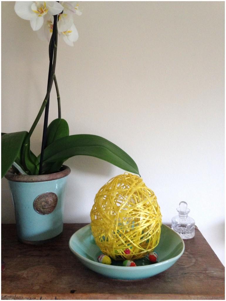 Easter string egg